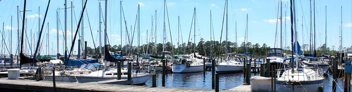 sailboats-marina